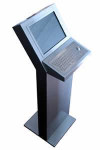 Kiosco de Internet - Modelo IK-101 - Este modelo de Kiosko cuenta con multitud de opciones disponibles como web-cam, DVD, Selectores de monedas o lectores de tarjetas.
